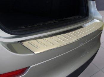 Применение защитных накладок на задний бампер