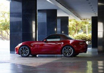 Представлен обновленный вариант родстера Mazda MX-5